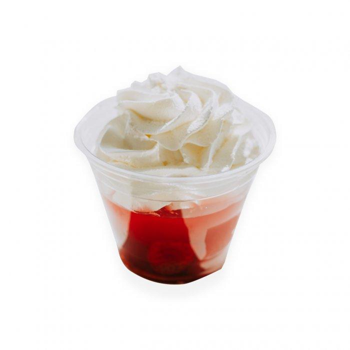 pohár Jahody so šľahačkou