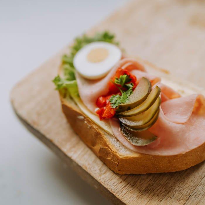 Chlebíček šunkový - špeciál
